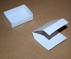 mini geschenkverpackung aus streichholzschachteln basteln. Black Bedroom Furniture Sets. Home Design Ideas