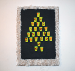 adventskalender tannenbaum aus pappbechern plastikbechern basteln. Black Bedroom Furniture Sets. Home Design Ideas